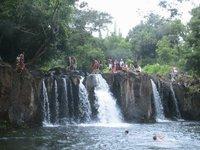 Kipu_falls_1
